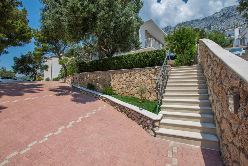 Apartments Skrabic - Accommodation 100 meters from the sea, Apartments Skrabic - Brela, Dalmatia  Brela, - Apartmanica